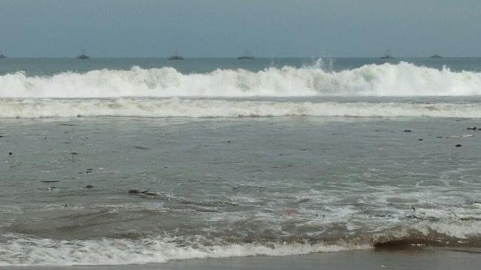 Peringatan Dini BMKG Rabu, 15 Juli 2020: Gelombang Tinggi Capai 6 Meter di Perairan Selatan Jawa